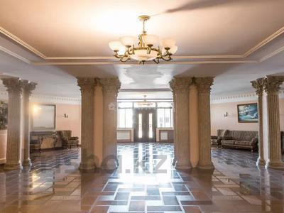 4-комнатная квартира, 170 м², 1/8 этаж, мкр Юбилейный, Омаровой 31 — проспект Достык за 54.4 млн 〒 в Алматы, Медеуский р-н — фото 10