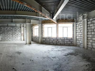 4-комнатная квартира, 170 м², 1/8 этаж, мкр Юбилейный, Омаровой 31 — проспект Достык за 54.4 млн 〒 в Алматы, Медеуский р-н — фото 4