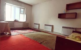 1-комнатная квартира, 39 м², 1/5 этаж помесячно, Сыпатай батыра 2 б — Толе би за 30 000 〒 в Таразе