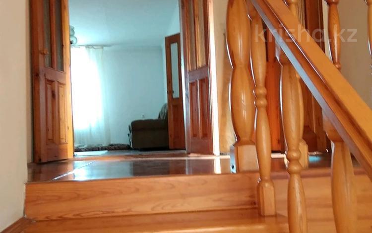 6-комнатный дом, 315 м², 6 сот., ул. Баймуратова 17 — Потапова за 30 млн 〒 в Павлодаре