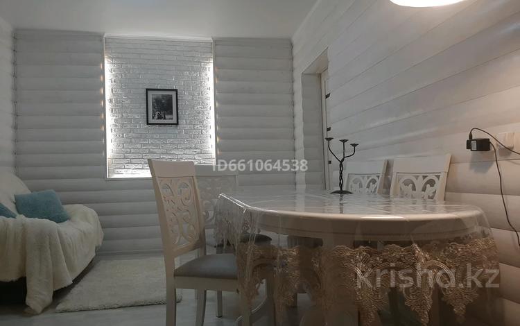 3-комнатный дом, 65 м², 3 сот., мкр Калкаман-2, Микрорайон Тулпар ул.Зеленая 8/3 за 23 млн 〒 в Алматы, Наурызбайский р-н