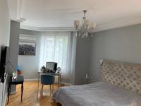 5-комнатная квартира, 176 м², 5/9 этаж помесячно