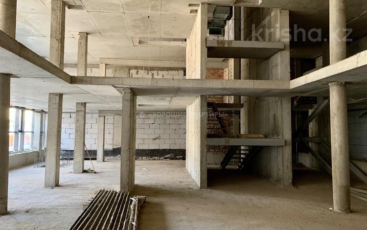 Офис площадью 1433 м², Орынбор 12 — проспект Кабанбай Батыра за ~ 644.8 млн 〒 в Нур-Султане (Астана), Есиль р-н