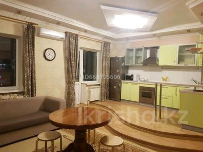 2-комнатная квартира, 70 м² посуточно, Туран 19/1 за 11 000 〒 в Нур-Султане (Астане)