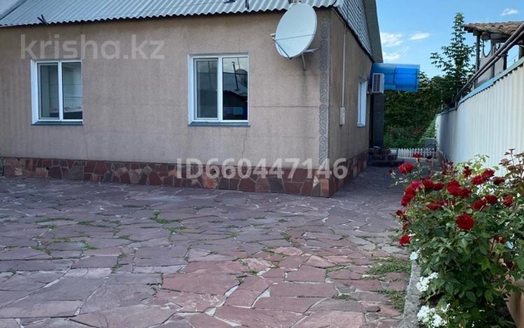 3-комнатный дом, 90 м², 4 сот., Никольской Анны — Сейфуллина за 30 млн 〒 в Алматы, Турксибский р-н