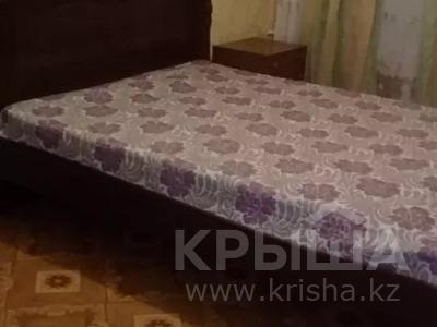 2-комнатная квартира, 48 м², 5/5 этаж посуточно, Махамбета Утемисова 114а — Абая за 6 500 〒 в Атырау — фото 3