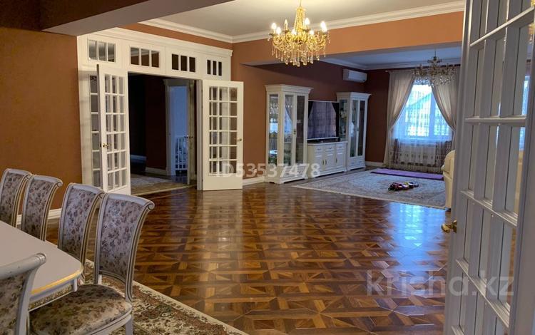 7-комнатный дом, 250 м², Сейфуллина — 8 Марта за 125 млн 〒 в Уральске