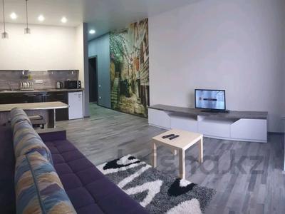 1-комнатная квартира, 35 м², 5/9 этаж посуточно, Камзина 41/1 — Ермуханова за 8 000 〒 в Павлодаре — фото 3