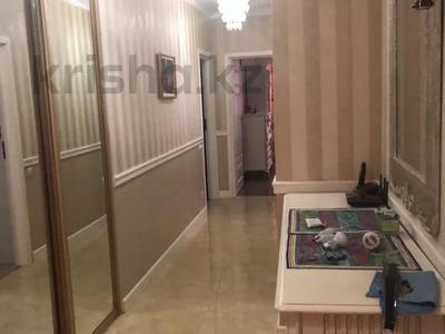 3-комнатная квартира, 135 м², 5/7 этаж, мкр Мирас 157 за 85 млн 〒 в Алматы, Бостандыкский р-н