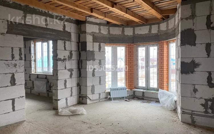 4-комнатный дом, 168 м², 0.7 сот., Жулдыз 2 37 за 18 млн 〒 в Атырау