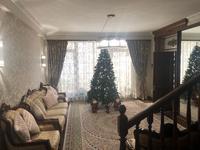 8-комнатный дом помесячно, 500 м², 12 сот., мкр Ремизовка 1 за 1.6 млн 〒 в Алматы, Бостандыкский р-н