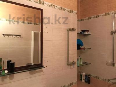 3-комнатная квартира, 90 м², 4/6 этаж, мкр Жулдыз-2, Дунентаева 8е за 24.7 млн 〒 в Алматы, Турксибский р-н — фото 3