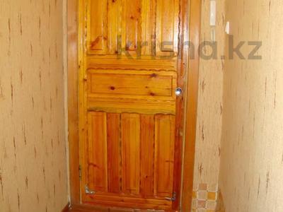 1-комнатная квартира, 33 м², 2/5 этаж посуточно, Байтурсынова 34 — проспект Ауэзова за 5 000 〒 в Семее