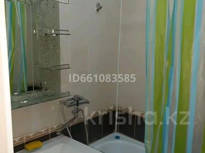 3-комнатная квартира, 62 м², 4/5 этаж помесячно, Бр. Жубановых 283 за 100 000 〒 в Актобе, мкр 8