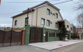 8-комнатный дом помесячно, 550 м², 7 сот., Чубары Досмухамедулы 86 за 2 млн 〒 в Нур-Султане (Астана), Есиль р-н