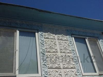 9-комнатный дом, 85 м², 8 сот., Сахзавод 11 за 8 млн 〒 в Таразе