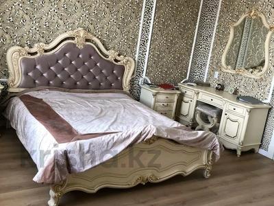 7-комнатный дом, 360 м², 10 сот., Таугуль за 95 млн 〒 в Караганде, Казыбек би р-н — фото 9