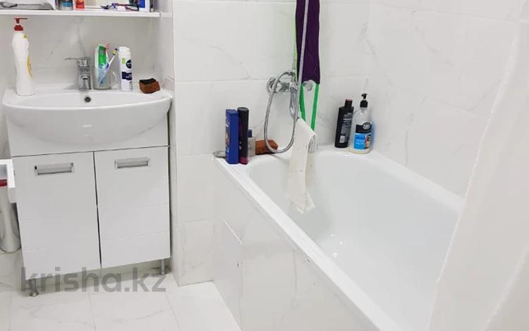 1-комнатная квартира, 37 м², 11/12 этаж, мкр Акбулак, 1-я улица 93 за 15.3 млн 〒 в Алматы, Алатауский р-н
