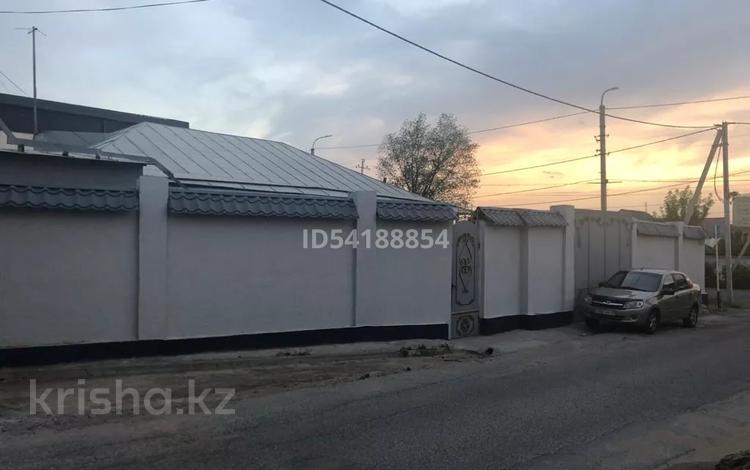 5-комнатный дом, 260 м², 7 сот., Казыбек би 114 — Тажибаева (Ватутина) за 57 млн 〒 в Шымкенте, Аль-Фарабийский р-н