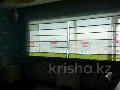 3-комнатная квартира, 120 м², 31 этаж помесячно, Достык 5/2 за 300 000 〒 в Нур-Султане (Астана), Есильский р-н — фото 2