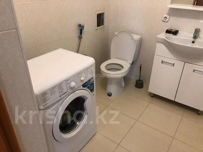 2-комнатная квартира, 65 м² помесячно, Касыма Аманжолова 9/1 за 140 000 〒 в Нур-Султане (Астана) — фото 9