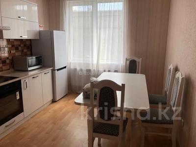 2-комнатная квартира, 65 м² помесячно, Касыма Аманжолова 9/1 за 140 000 〒 в Нур-Султане (Астана) — фото 8