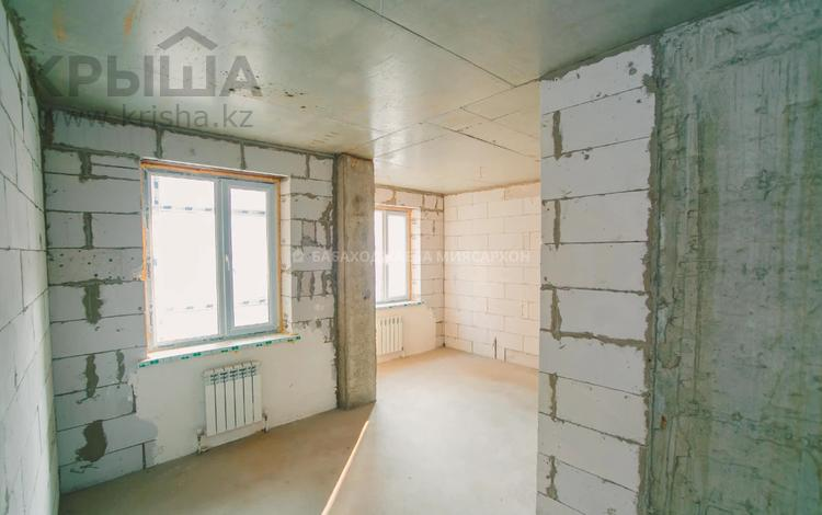 2-комнатная квартира, 80.8 м², 6/9 этаж, Сембинова за 19.5 млн 〒 в Нур-Султане (Астана), р-н Байконур