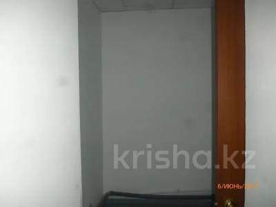 Здание, площадью 2436 м², Молдагуловой 11Б — Есет Батыра за ~ 622.4 млн 〒 в Актобе — фото 11