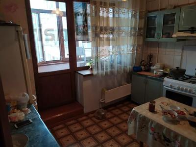 4-комнатная квартира, 85 м², 4/5 этаж, мкр Тастак-2 — Толе би за 26 млн 〒 в Алматы, Алмалинский р-н — фото 7