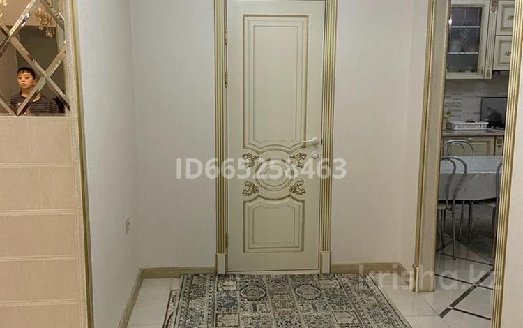 4-комнатная квартира, 165 м², 4/5 этаж, 32Б мкр, 32Б мкр 22 за 45 млн 〒 в Актау, 32Б мкр