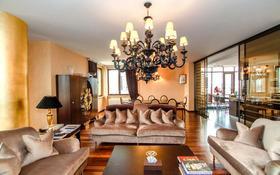 5-комнатная квартира, 240 м², 2/3 этаж помесячно, мкр Горный Гигант, Жамакаева 256а за 1.3 млн 〒 в Алматы, Медеуский р-н