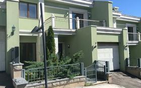 5-комнатная квартира, 305 м², мкр Горный Гигант — Жамакаева за 195 млн 〒 в Алматы, Медеуский р-н
