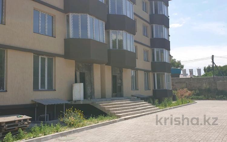 3-комнатная квартира, 86.5 м², 5/6 этаж, мкр Айнабулак-2 40 а за 18 млн 〒 в Алматы, Жетысуский р-н