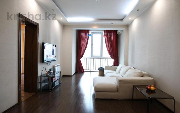 2-комнатная квартира, 90 м², 12/14 этаж, Хусаинова за 35.5 млн 〒 в Алматы, Бостандыкский р-н