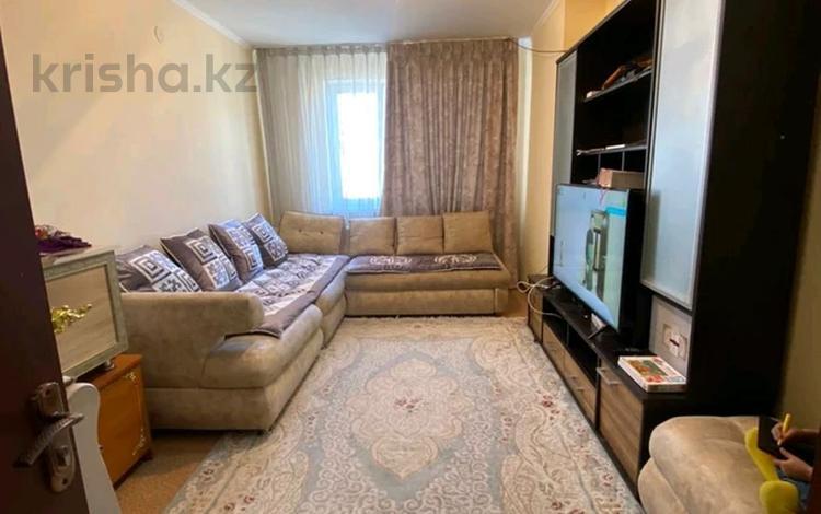 3-комнатная квартира, 70 м², 3/5 этаж, ул Толеметова 69 — проспект Утегенова за 24 млн 〒 в Шымкенте, Каратауский р-н