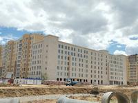 Здание, площадью 10800 м²