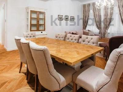 3-комнатная квартира, 180 м², 4/8 этаж помесячно, проспект Кабанбай батыра 13 за 400 000 〒 в Нур-Султане (Астана)