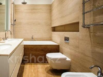 3-комнатная квартира, 180 м², 4/8 этаж помесячно, проспект Кабанбай батыра 13 за 400 000 〒 в Нур-Султане (Астана) — фото 6