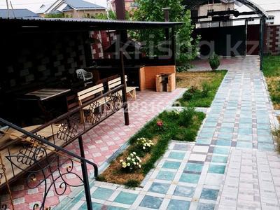 4-комнатный дом посуточно, 250 м², 8 сот., Шугыла 128 — Байтерекова за 55 000 〒 в Шымкенте, Каратауский р-н