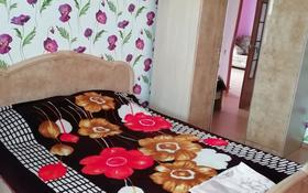 2-комнатная квартира, 72 м², 3 этаж посуточно, улица Казбековой 4 — Уалиханова за 10 000 〒 в Балхаше