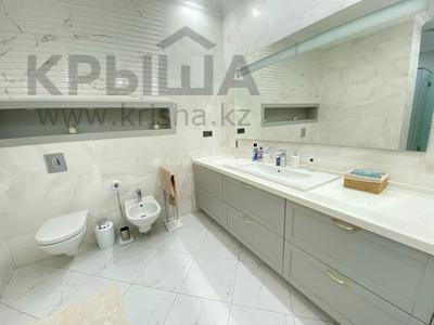 4-комнатная квартира, 166 м², 16/16 этаж, Аль-Фараби 21 — Желтоксан за 132 млн 〒 в Алматы, Бостандыкский р-н — фото 8