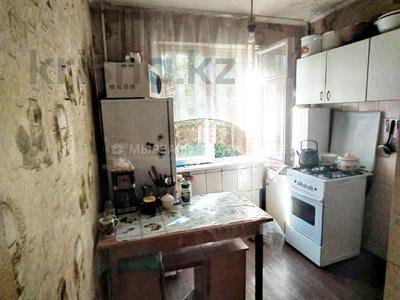 3-комнатная квартира, 60 м², 2/4 этаж, мкр №8, Мкр №8 за 19.6 млн 〒 в Алматы, Ауэзовский р-н — фото 5
