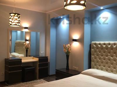 3-комнатная квартира, 170 м², 18/30 этаж посуточно, Аль-Фараби 7 за 25 000 〒 в Алматы — фото 16