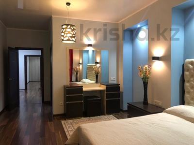 3-комнатная квартира, 170 м², 18/30 этаж посуточно, Аль-Фараби 7 за 25 000 〒 в Алматы — фото 3