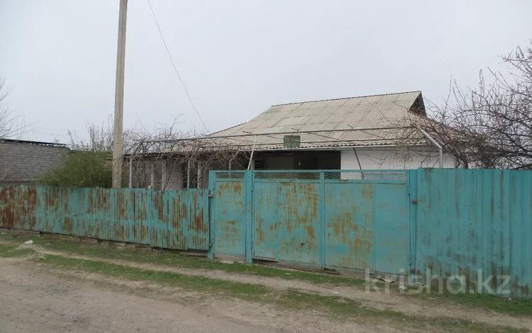 8-комнатный дом, 200 м², 15 сот., Байзакова за 15 млн 〒 в Асыкате