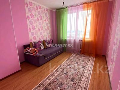 3-комнатная квартира, 87 м², 9/12 этаж помесячно, 7 мкр за 150 000 〒 в Талдыкоргане — фото 3