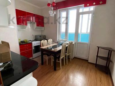 3-комнатная квартира, 87 м², 9/12 этаж помесячно, 7 мкр за 150 000 〒 в Талдыкоргане — фото 14