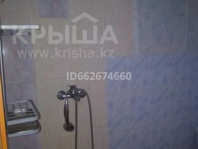 2-комнатная квартира, 90 м², 2/2 этаж помесячно, Алтынсарина 14 за 85 000 〒 в Каскелене — фото 2