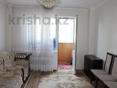 2-комнатная квартира, 58 м², 1/9 этаж, мкр Аксай-2, Мкр Аксай-2 за 20 млн 〒 в Алматы, Ауэзовский р-н