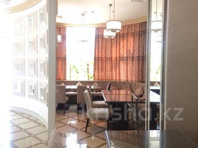 Помещение площадью 256 м², Проспект Аль-Фараби за 1.5 млн 〒 в Алматы, Бостандыкский р-н